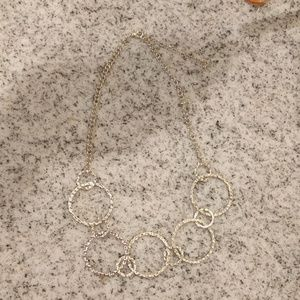 Jewelry - Silver plated circle necklace